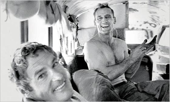 Neal Cassady à droite, photographie de Allen Ginsberg (1956) © nytimes.com